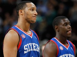 Sixers try to end road skid vs. Kings